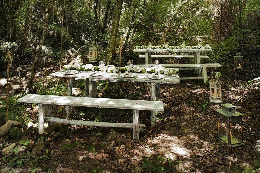 Ambientazione nel bosco nel Borgo san faustino Umbria