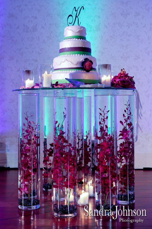Presentazione torta nuziale proposta da bridal guide magazine