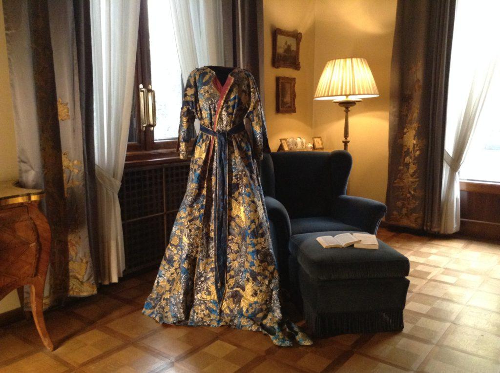 Isabelle de Borchgrave abito da camera di Albertine 1900.