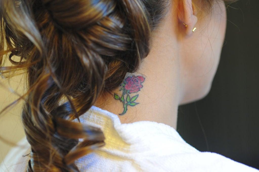 tatuaggio collo