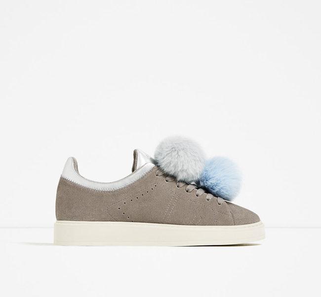 Zara, sneakers con pon pon bicolor