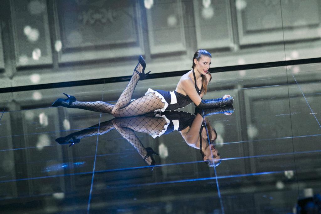 Beatrice Olla a Dance Dance Dance