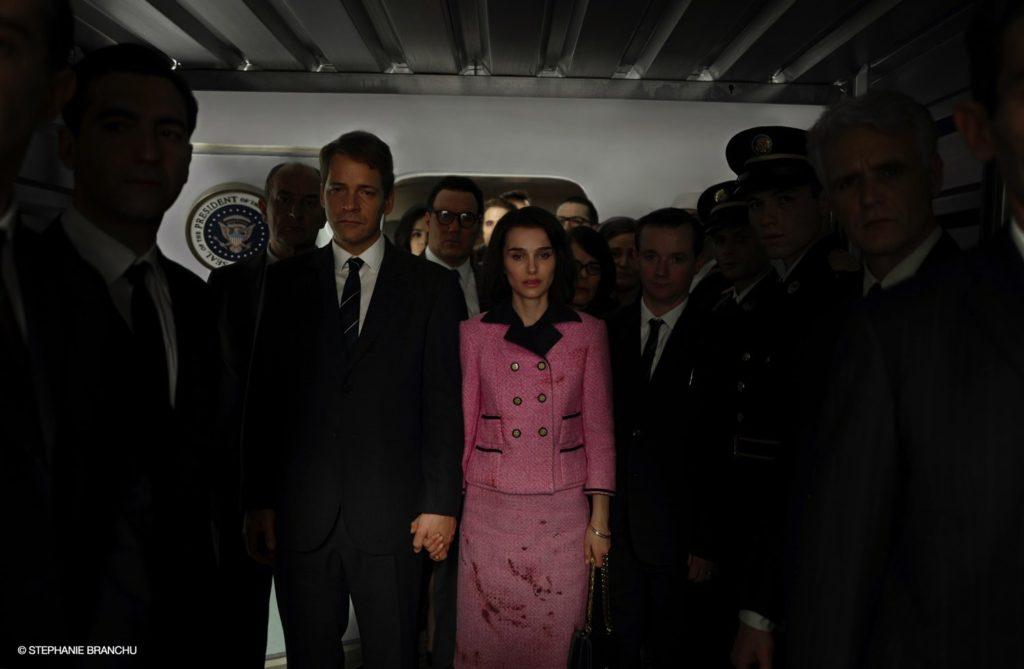 Il ritorno di Jackie Kennedy alla Casa Bianca col tailleur macchiato di sangue