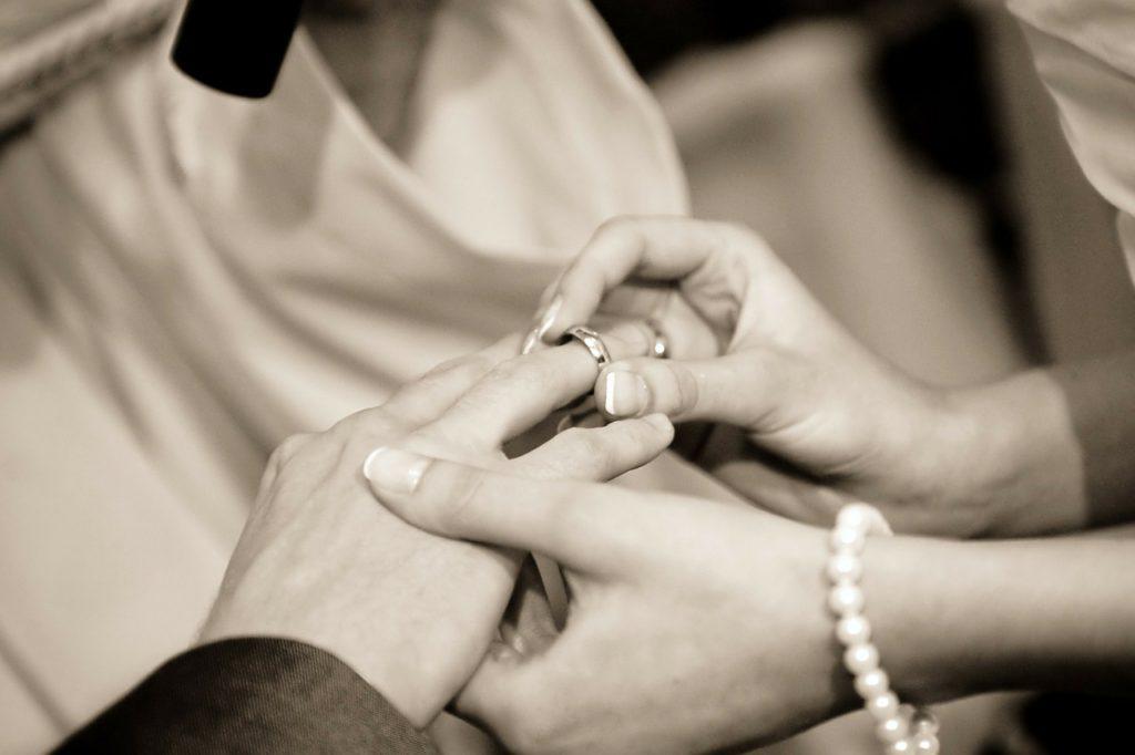 Come dare validità civile al matrimonio religioso