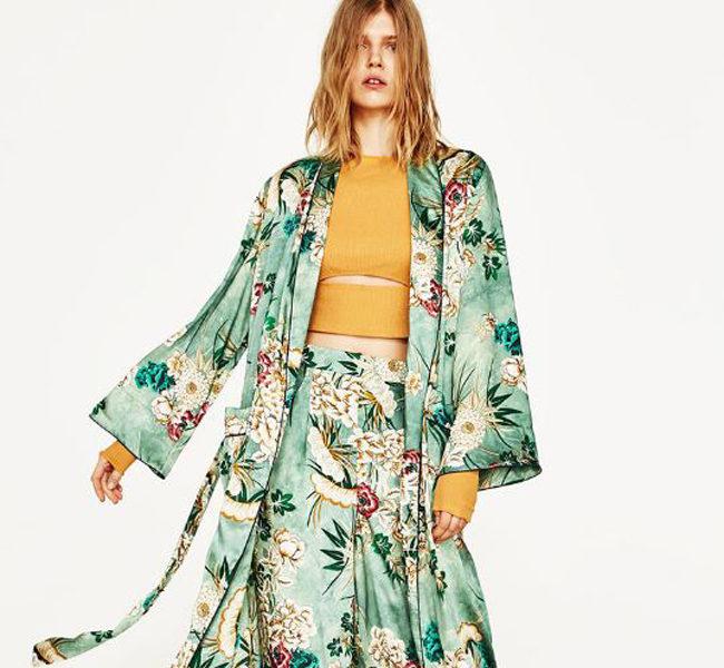 Zara pantaloni ampi con fiori