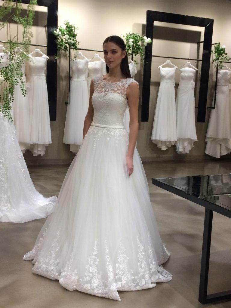 Vestiti Da Sposa 2018 Pignatelli.Carlo Pignatelli Sposa La Collezione Fiorinda 2018 Unadonna