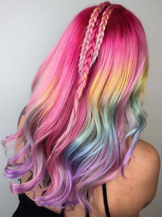 Effetto arcobaleno sui capelli. d2870282ad78