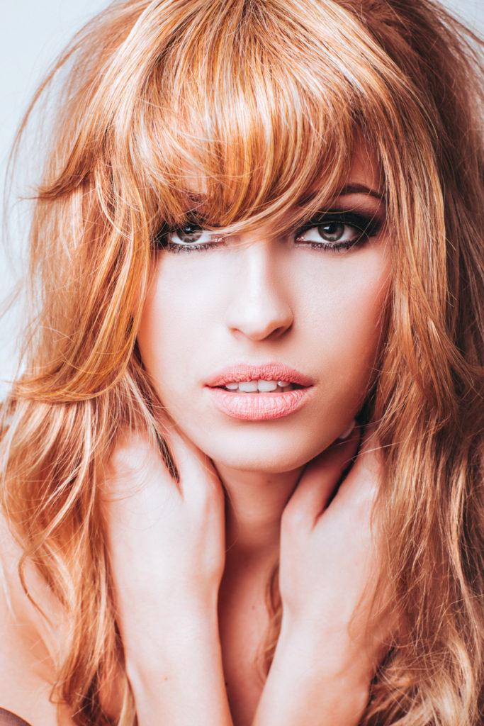 ... Colore capelli  rosso ambrato ... fe9209f936d8