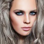 Colore capelli grigio brillante