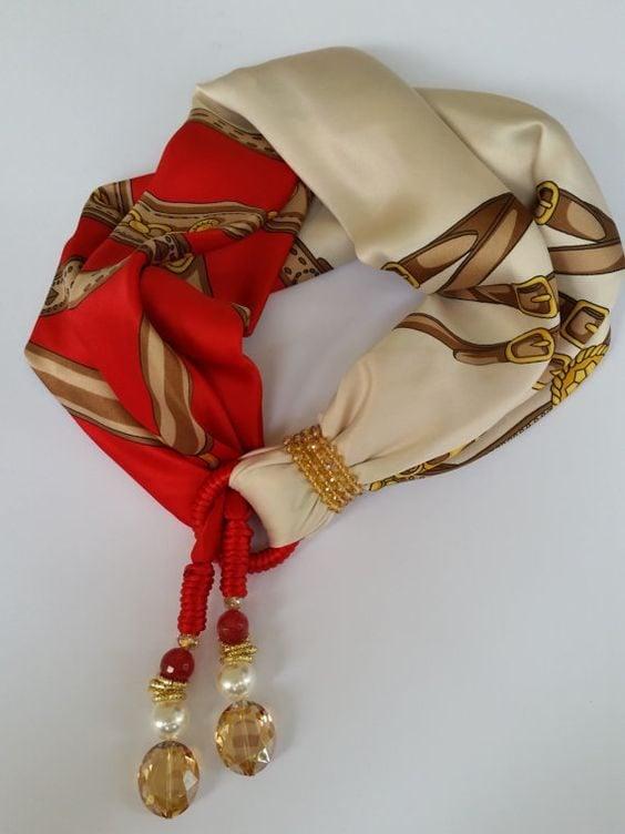 Foulard gioiello rosso