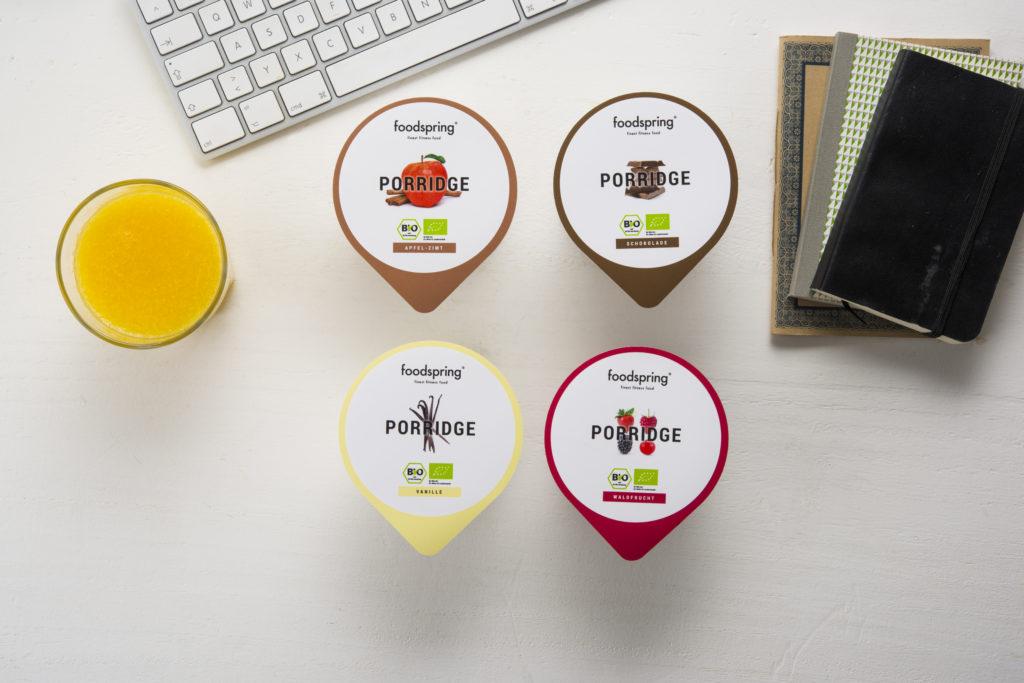 Il porridge proteico a base di soia ti offre una combinazione di carboidrati complessi e proteine vegetali di qualità.