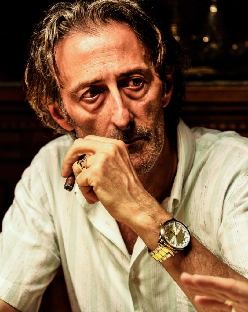 Nando Paone interpreta zio Donato