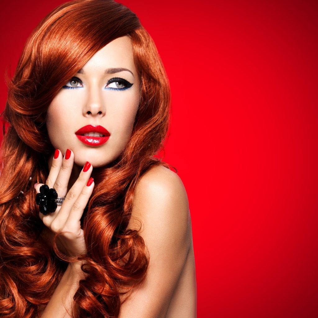 10 look capelli rossi.
