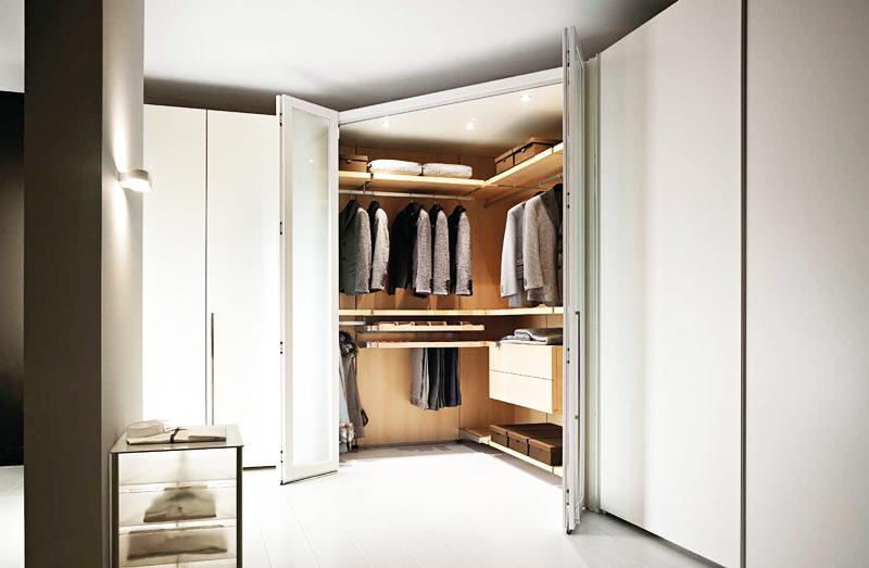 Cabina armadio angolare ecco alcune idee unadonna - Camere da letto con cabina armadio angolare ...