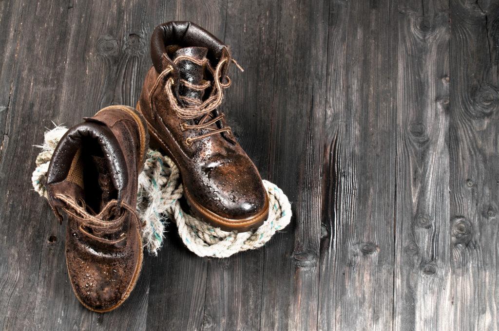 Le scarpe hanno bisogno di una pulizia adeguata al materiale.
