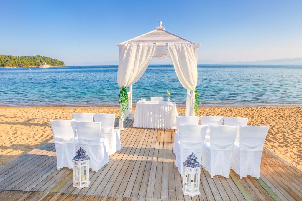 Matrimonio In Europa : Matrimonio in spiaggia dove andare d inverno unadonna