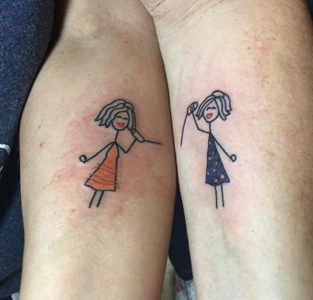 Stesso tatuaggio colore diverso.