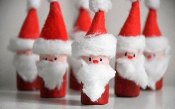 Segnaposto natalizi con i tappi di sughero