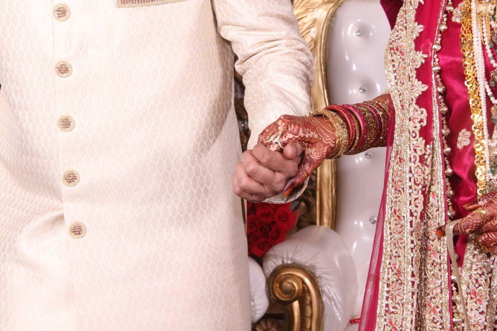 Sposa araba e rito henné