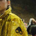Giacca gialla MK X MK per Mary Katrantzou