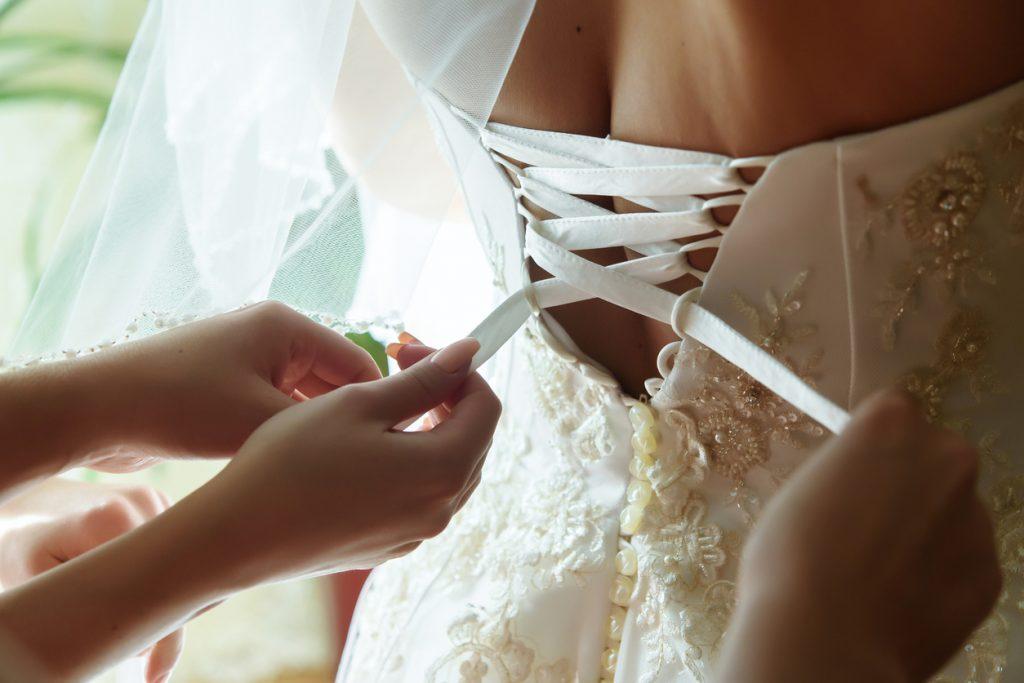 Abito da sposa curvy corto, quale scegliere