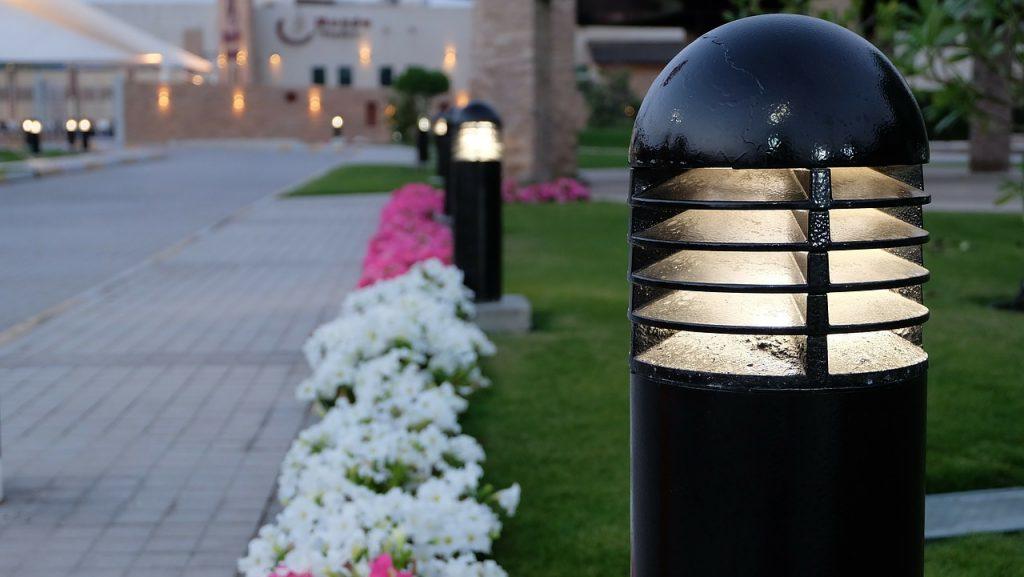 Illuminazione giardino le lampade solari sono le più vendute