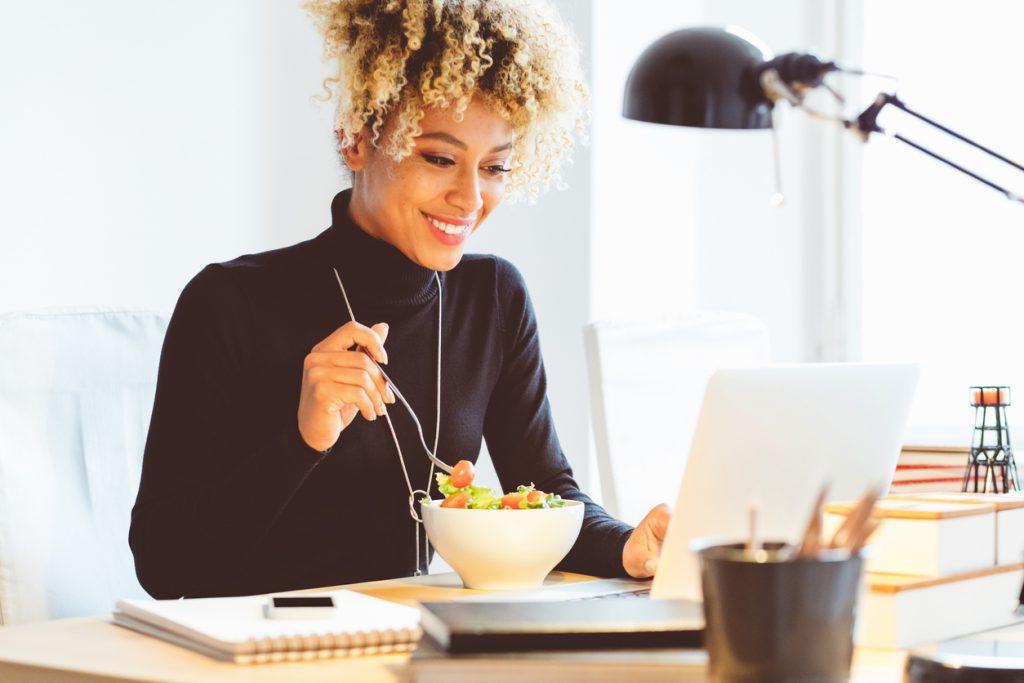 Mangiare sano in ufficio: alcuni consigli