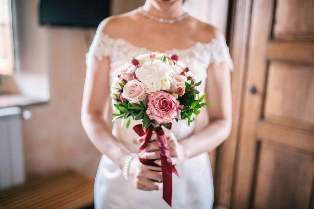 Idee Per Bouquet Da Sposa.3 Idee Per Trasformare Il Bouquet Dopo Le Nozze Unadonna