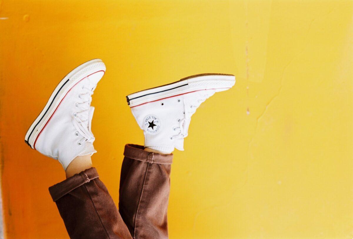 come abbinare le sneakers