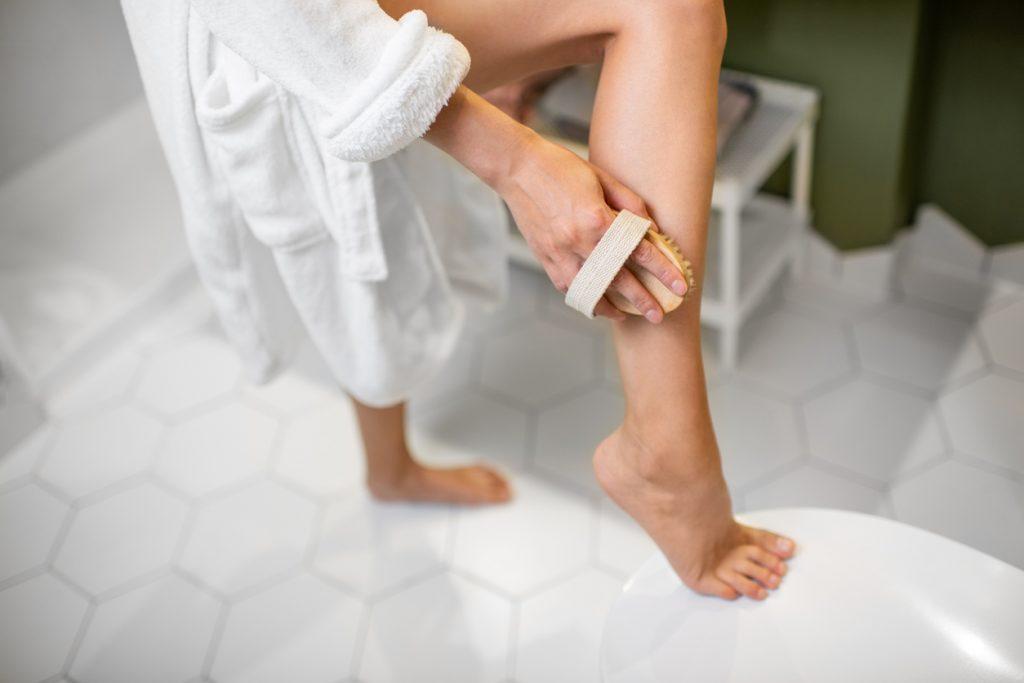 Dry brushing: il segreto per una pelle morbida