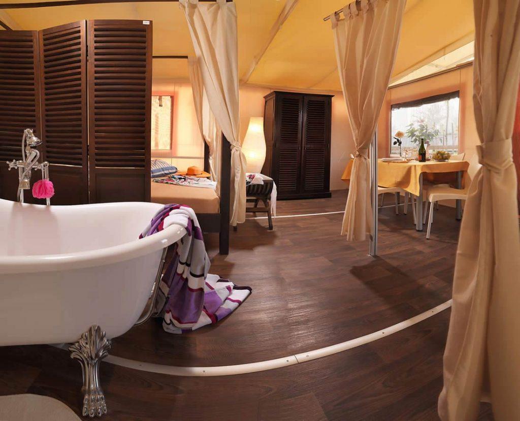 Safari Lodge Suite glamping