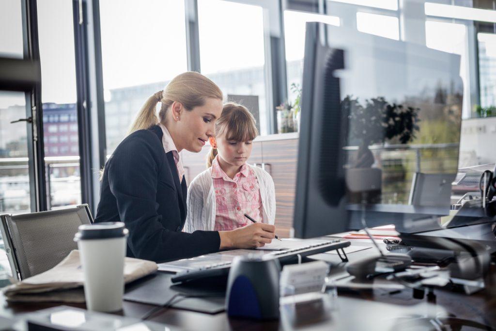 Bambini in ufficio con mamma e papà, è possibile?