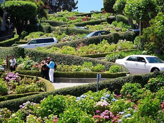Viaggio di nozze in California. Lombard Street San Francisco la strada più tortuosa del mondo