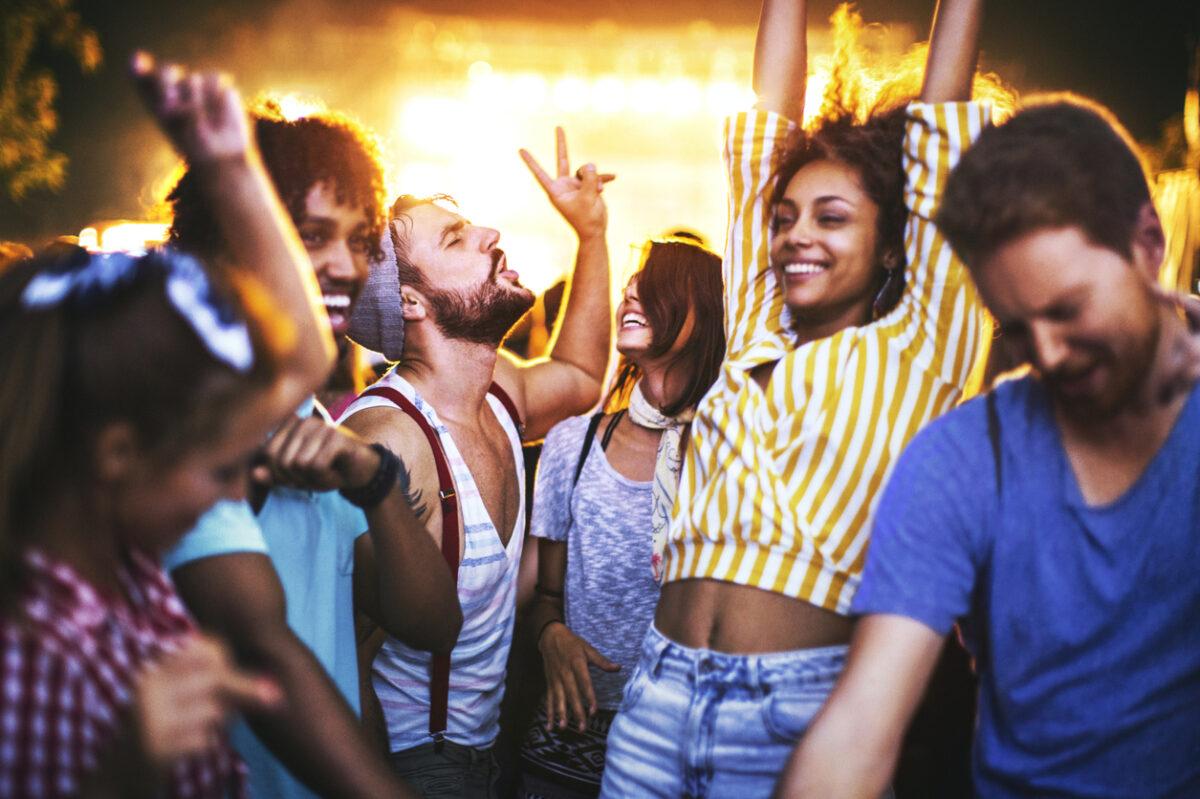 Rimini: 10 discoteche sulla spiaggia