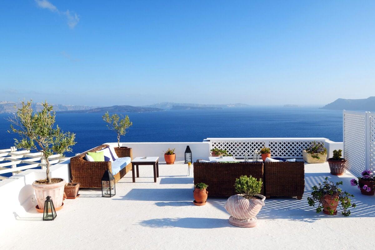 Come arredare il terrazzo in stile Grecia