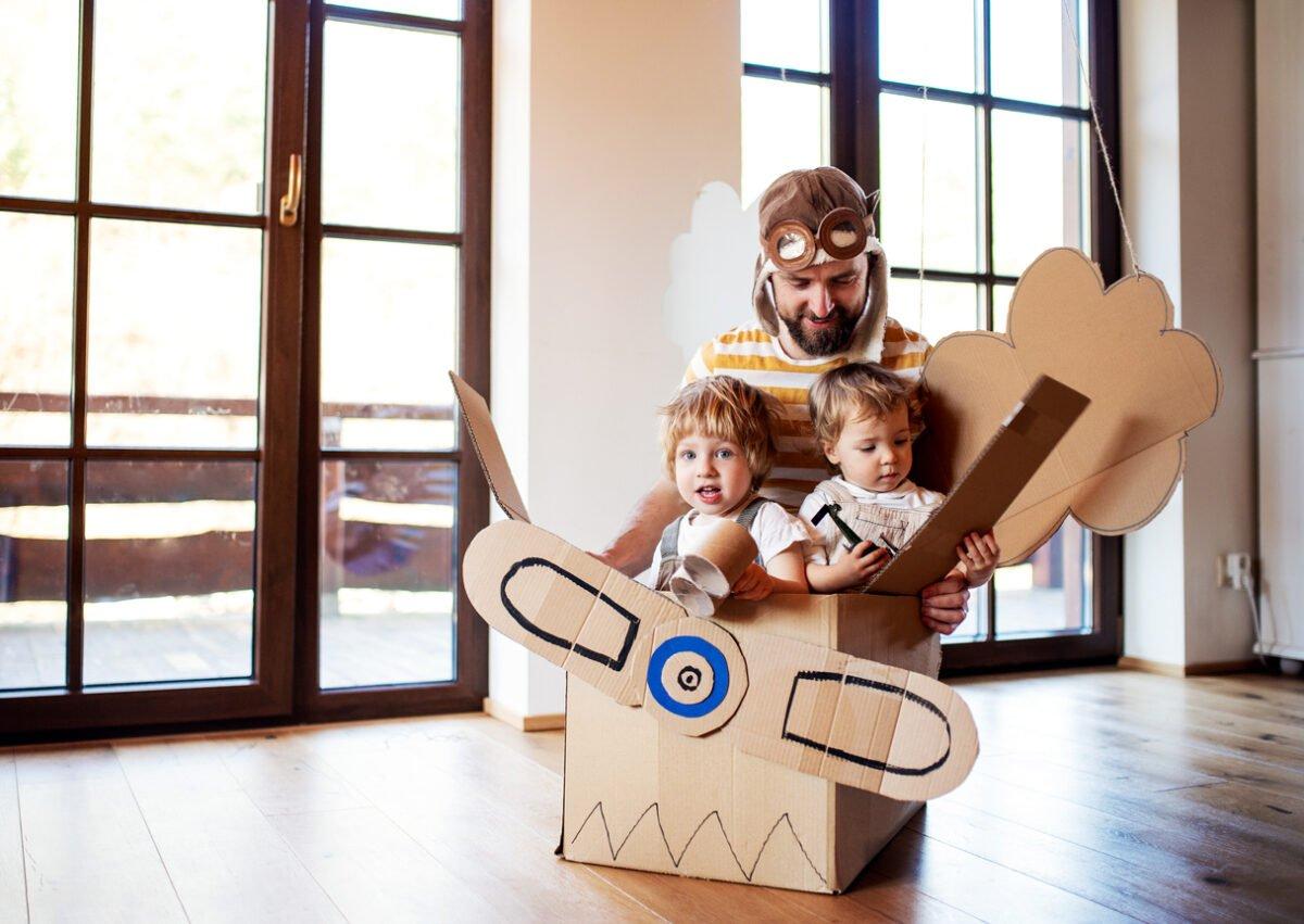 Giochi bambini al chiuso, idee e consigli