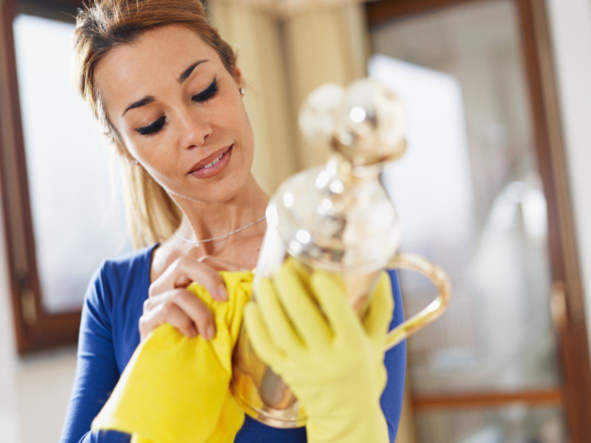 Come pulire l'argento con prodotti naturali