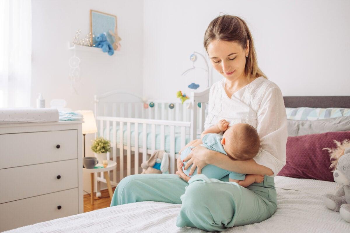Le migliori posizioni per l'allattamento al seno