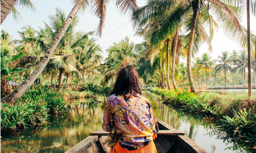 Turismo sostenibile: tour operator che organizzano i viaggi