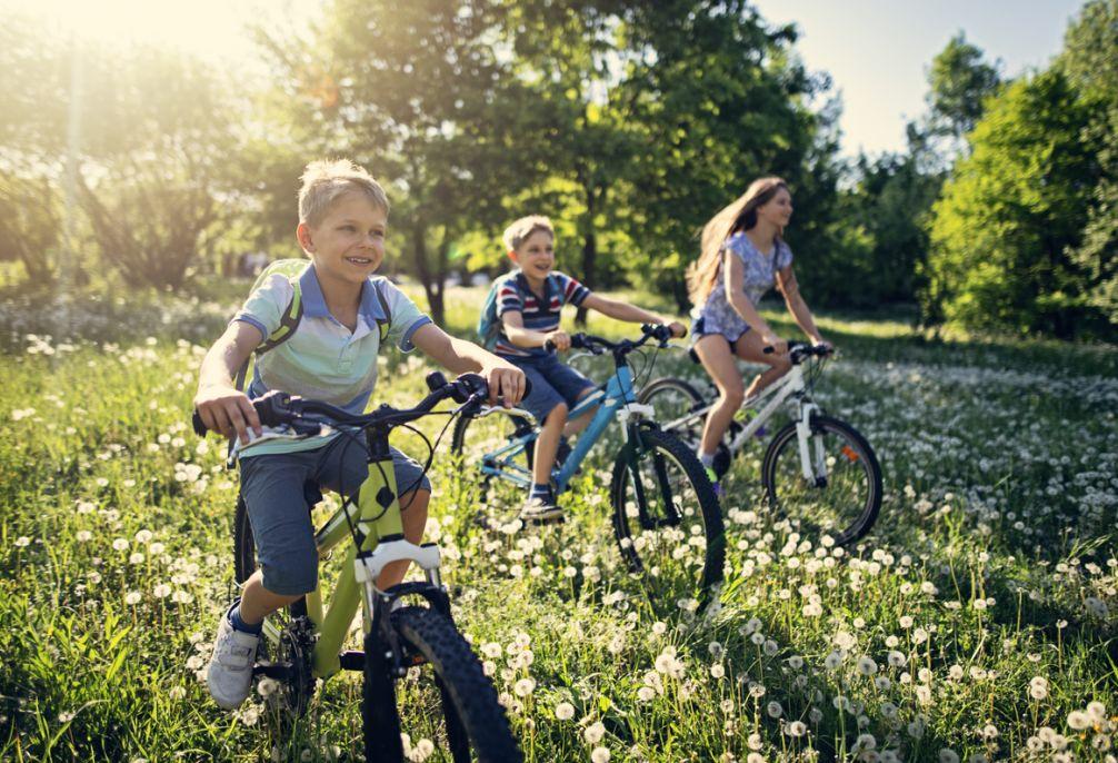 Come vestire bambini per andare in bicicletta