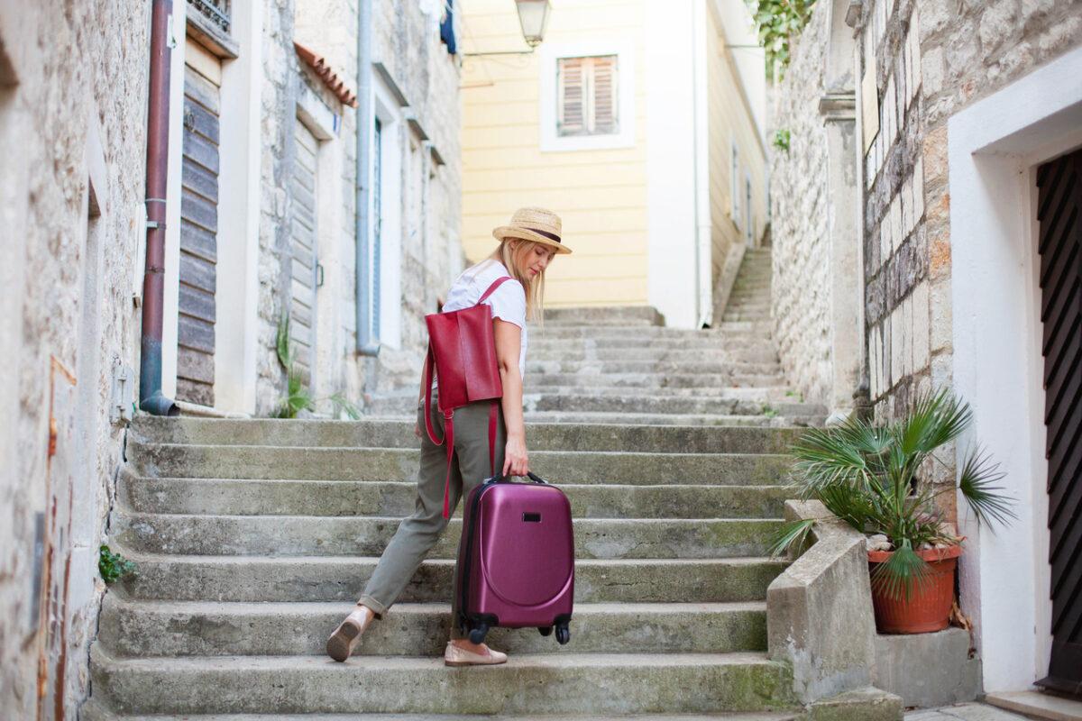Oroscopo viaggi una valigia per ogni segno