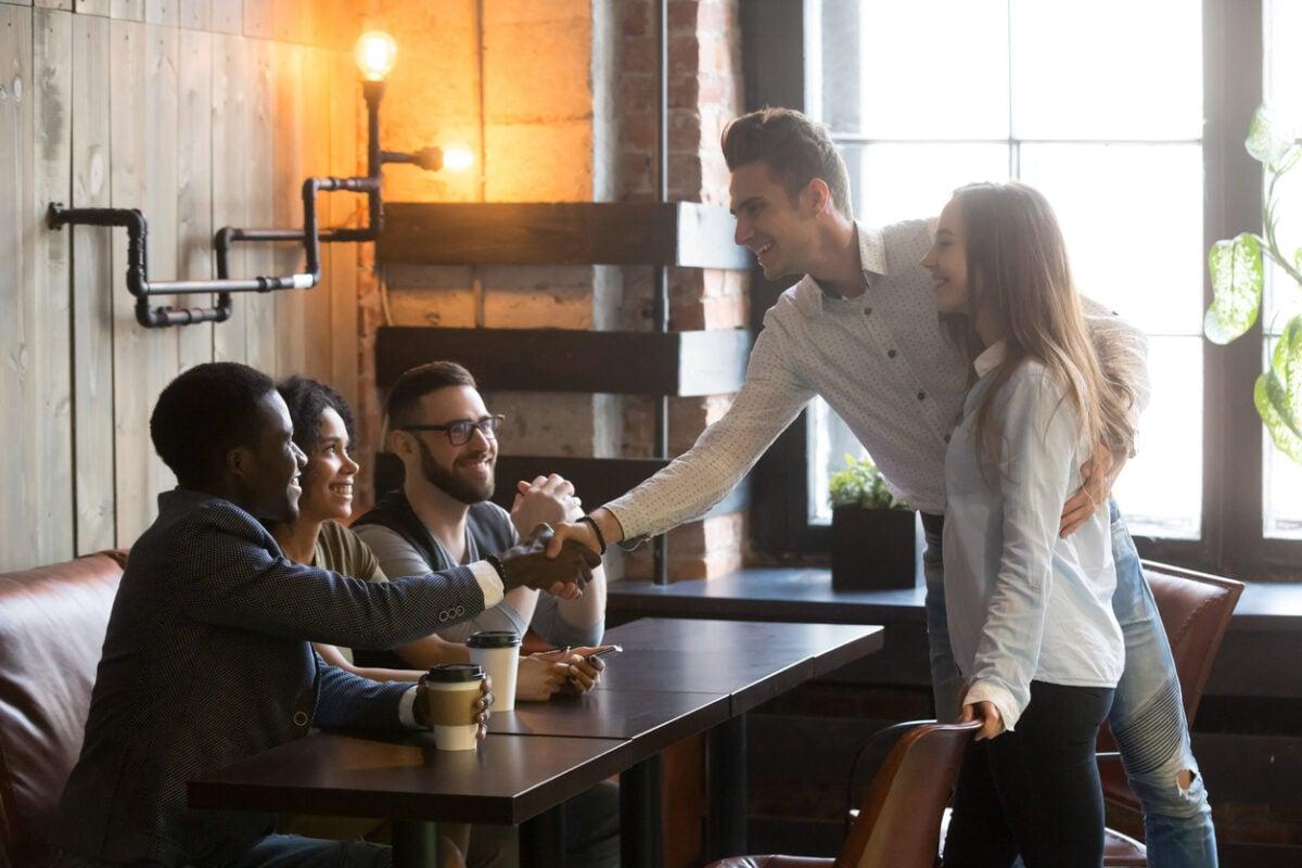 Fidanzato e amici come gestire i rapporti con intelligenza