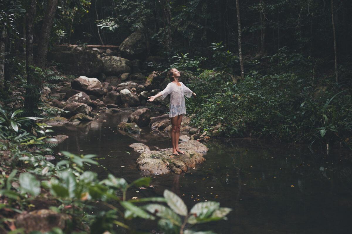 Forest Bathing, cos'è e dove farlo in Italia