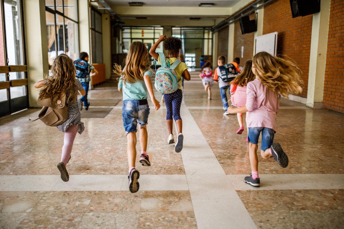 Come aiutare i bambini a tornare a scuola post covid