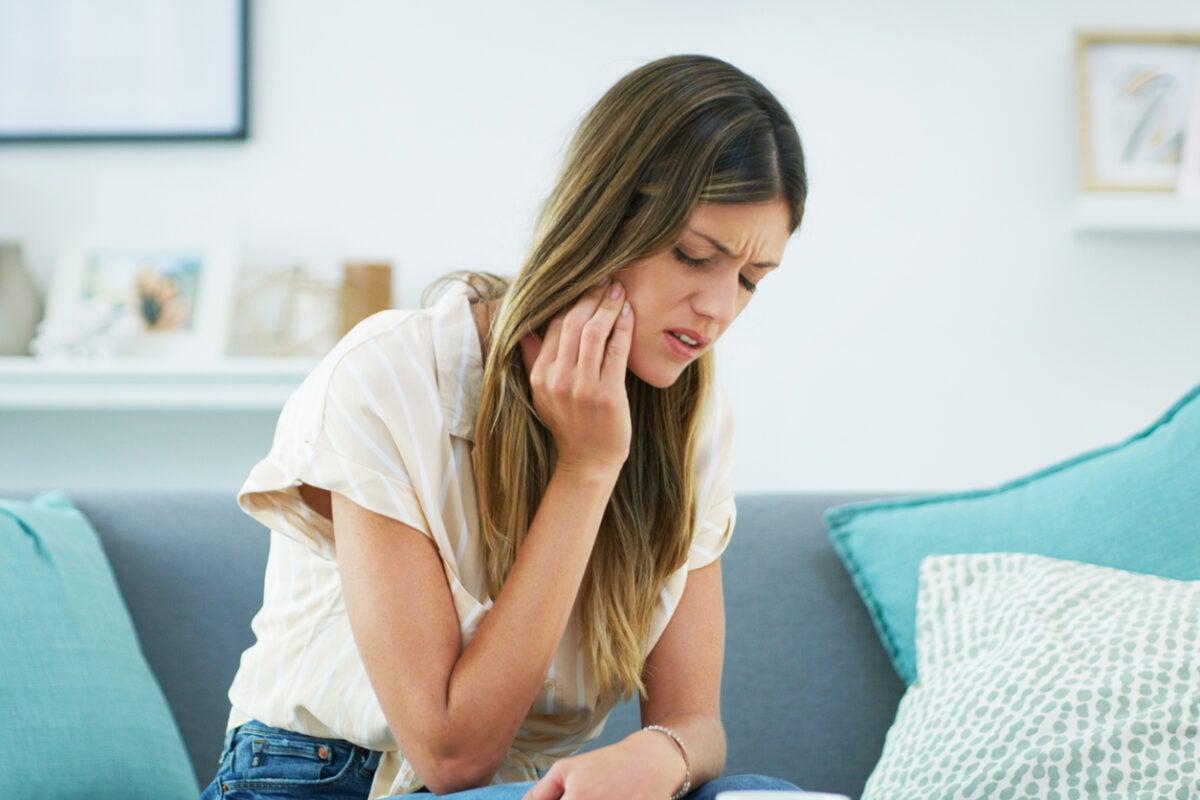 Afte in bocca o sulla lingua cause e come eliminarle