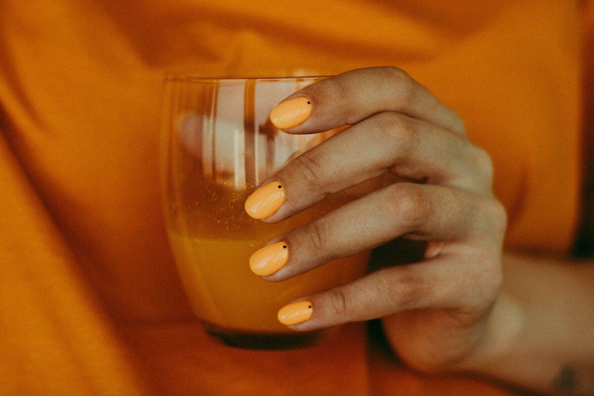 Colore unghie autunno 2020, Spicy Orange