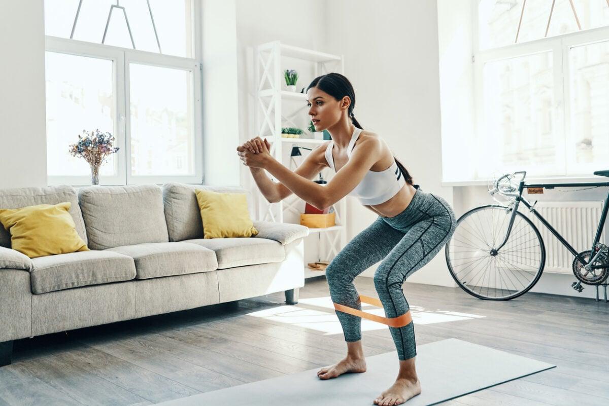 Esercizi glutei, i più efficaci da fare comodamente a casa
