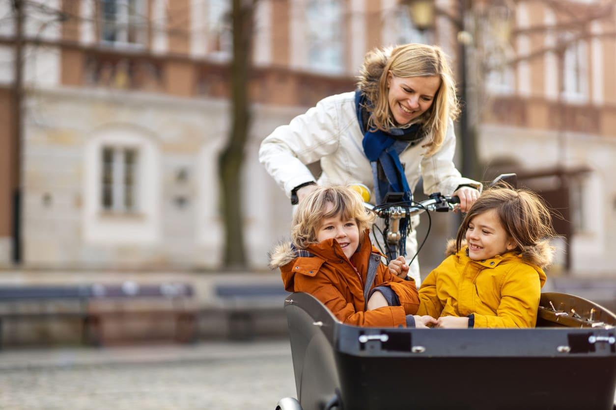 Attività all'aperto per bambini e ragazzi: ecco le più divertenti