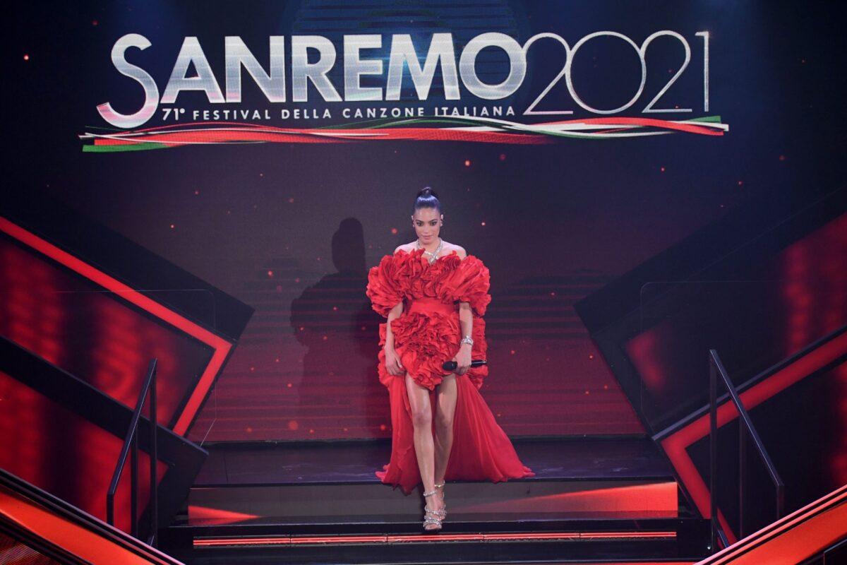 Sanremo 2021, pagelle dei look della seconda serata