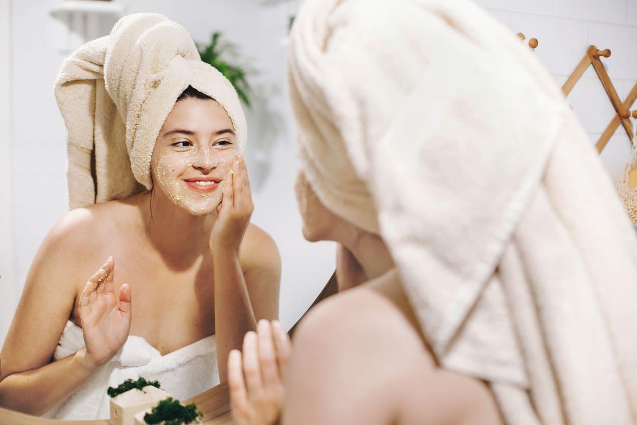 Peeling viso per macchie